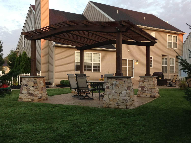 signature landscape design u2013 creating shade with custom pergolas